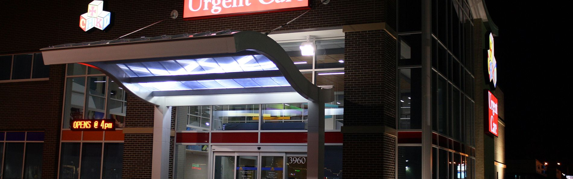 Night shot of the urgent care at the Children's Hospital of the King's Daughters