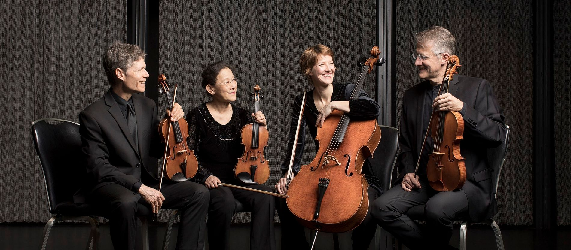 classical music online listen free streaming
