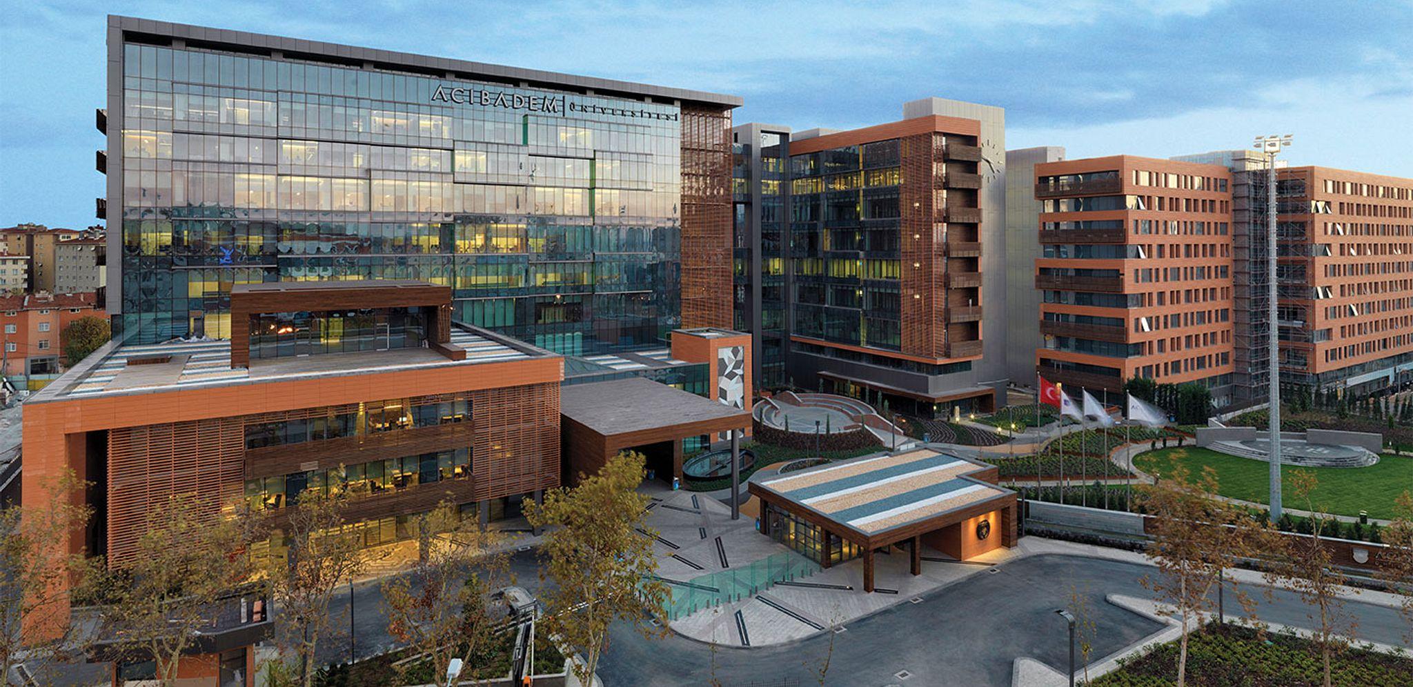 Acibadem University Large Header Imagex