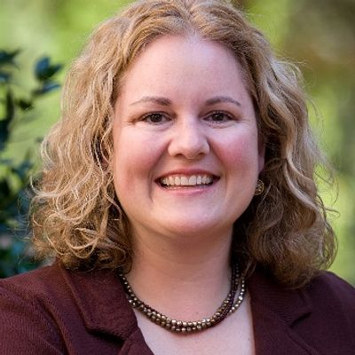 Rebecca J. Macy, PhD, MSW headshot